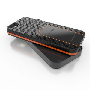 Tread orange with charge pad